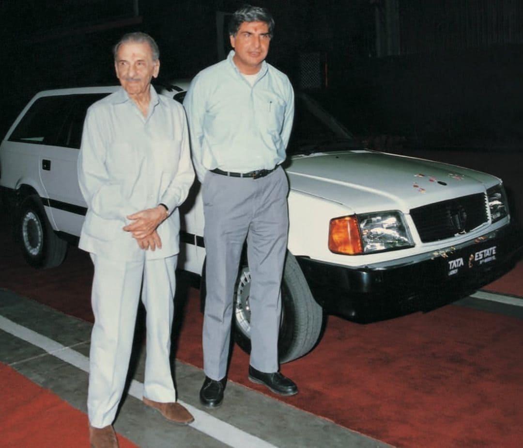 Ratan Tata (Businessman) Wiki, Biography, Net Worth & More - 7